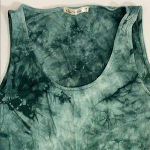 Heart & Hips Women's tank top Size M Green Tye Dye